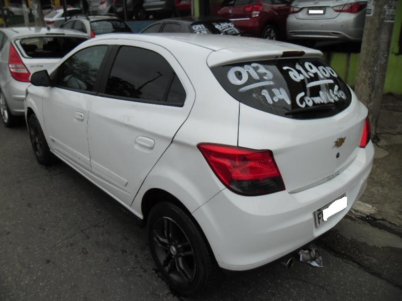 GM - Onix 1.4 - 2013